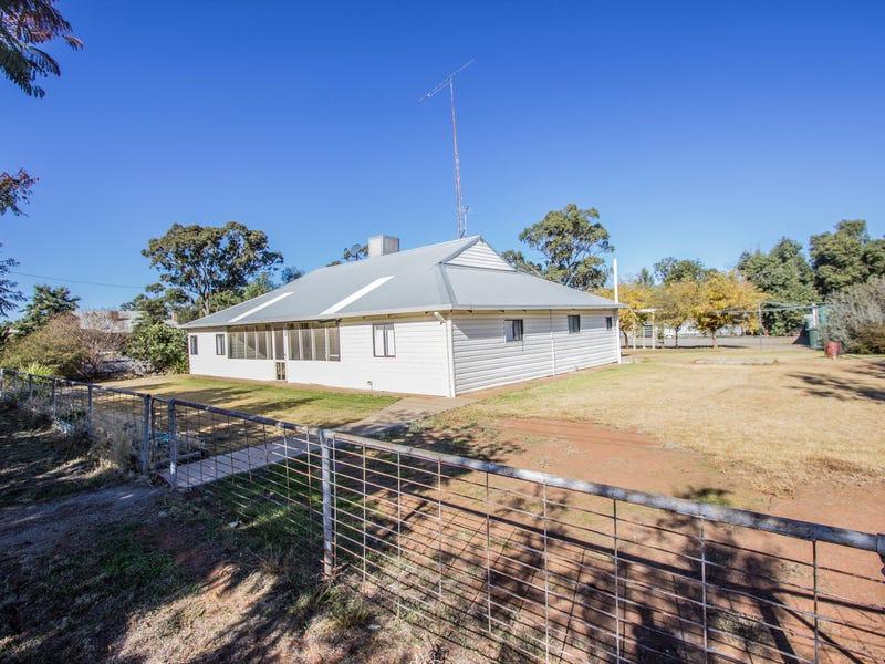 22 Mulga Street, Barellan, NSW 2665