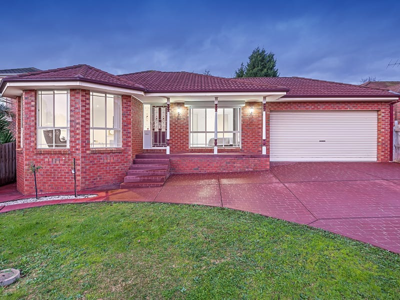 16 Woodfull Way, Epping