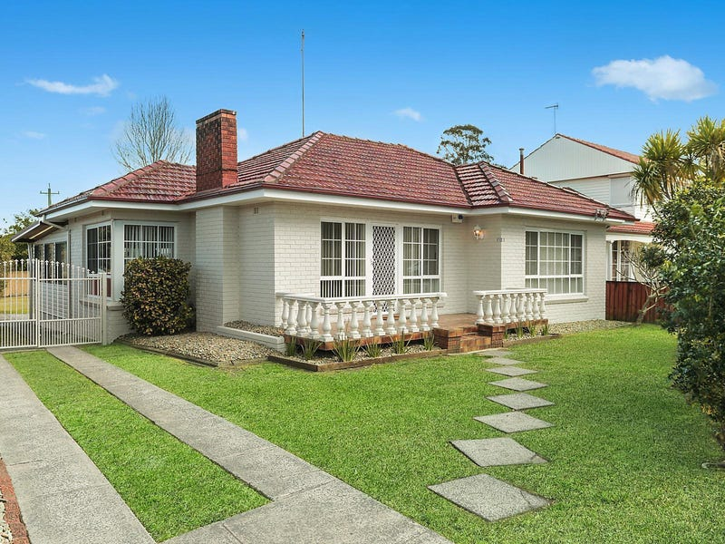 1 Gibsons Road, Figtree