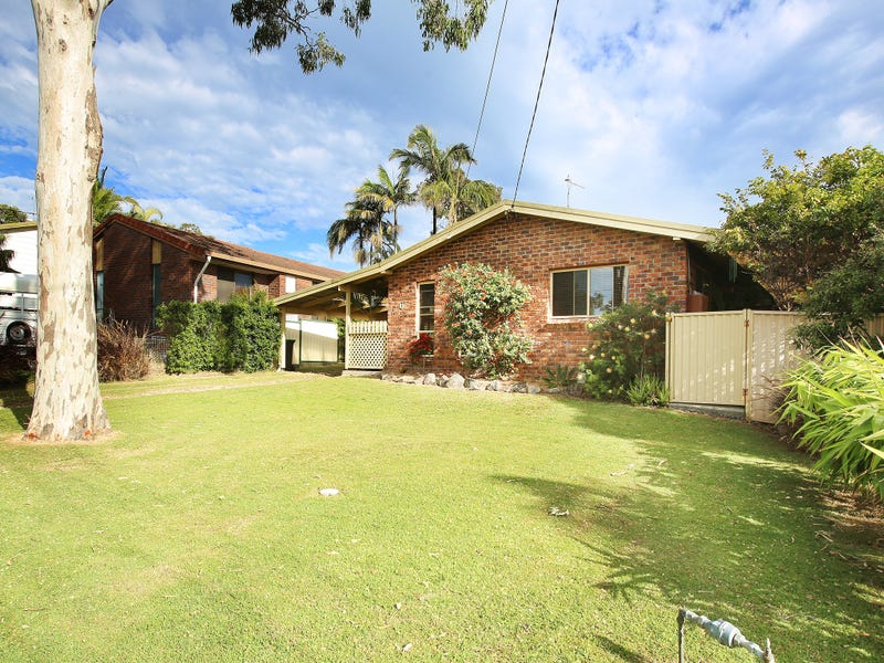 6 Chestnut Avenue, Sandy Beach, NSW 2456
