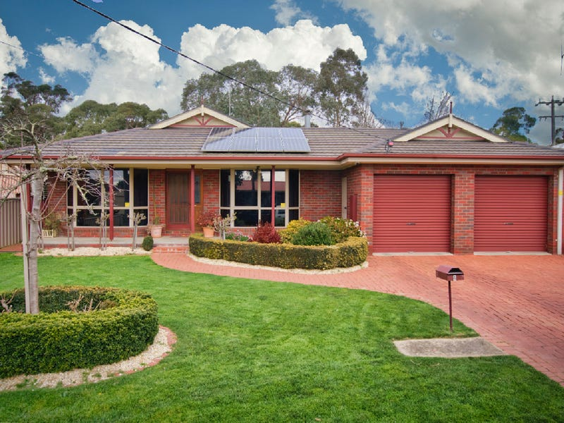 6 Quinta Drive, Mount Clear