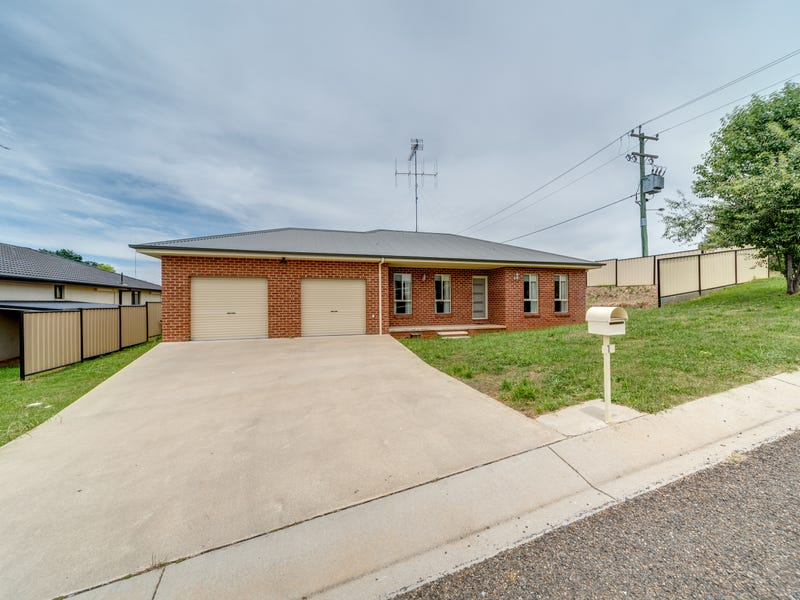 1 Corcoran Place, Crookwell