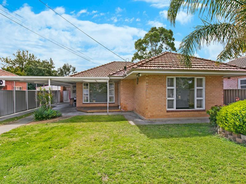 10 Lewis Crescent, North Plympton
