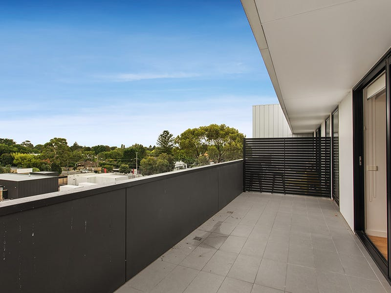 312/218 Bay Road, Sandringham