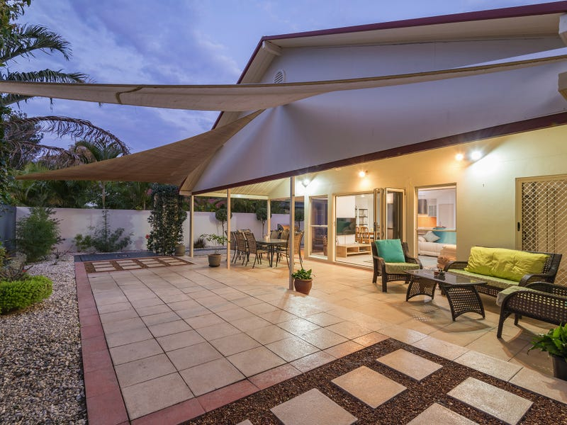 3 Tralee Pl, Twin Waters
