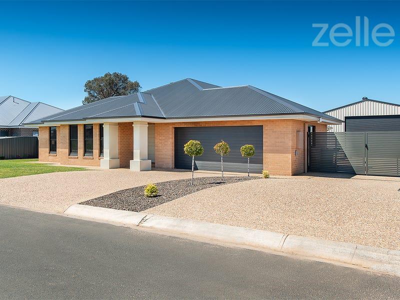107 Litchfield Drive, Thurgoona, NSW 2640