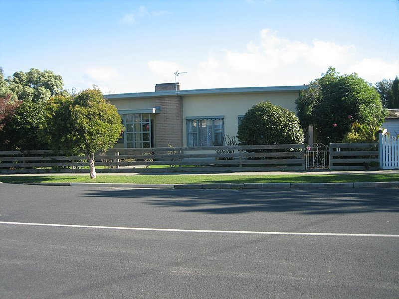 33 Cnr Yarram & Union Sts, Yarram, Vic 3971