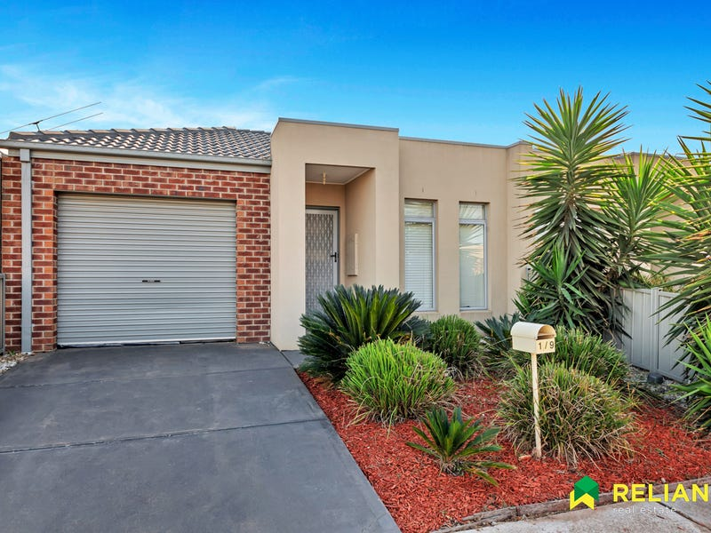 1/9 Starflower Way, Truganina
