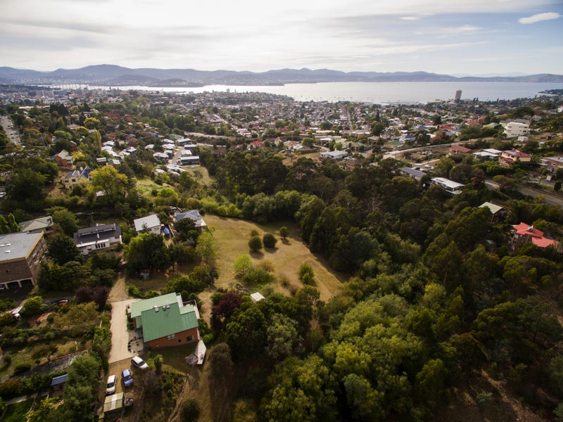 2-9/8A Romilly St, South Hobart