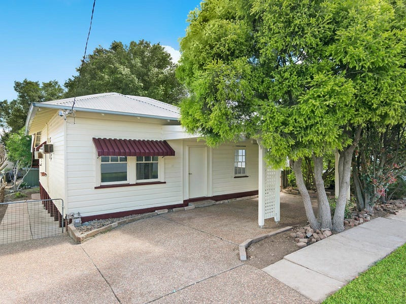 16 Gillies Street, Rutherford