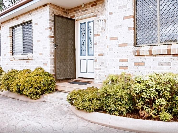 3 10 olive street condell park nsw 2200 property details - Olive garden spring hill tennessee ...