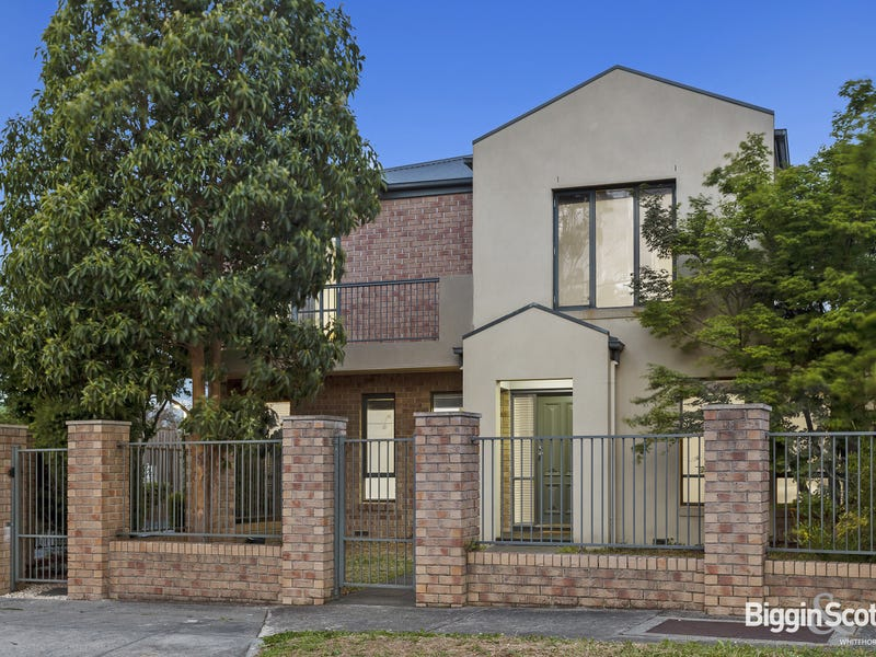 1/1A Feathertop Avenue, Templestowe Lower