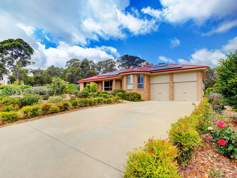 12 Bamburgh Place, Bundanoon