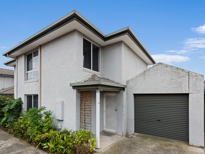 2/127 McNamara Avenue, Airport West