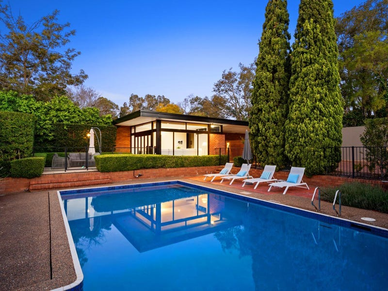 15 Collins Road, St Ives, NSW 2075