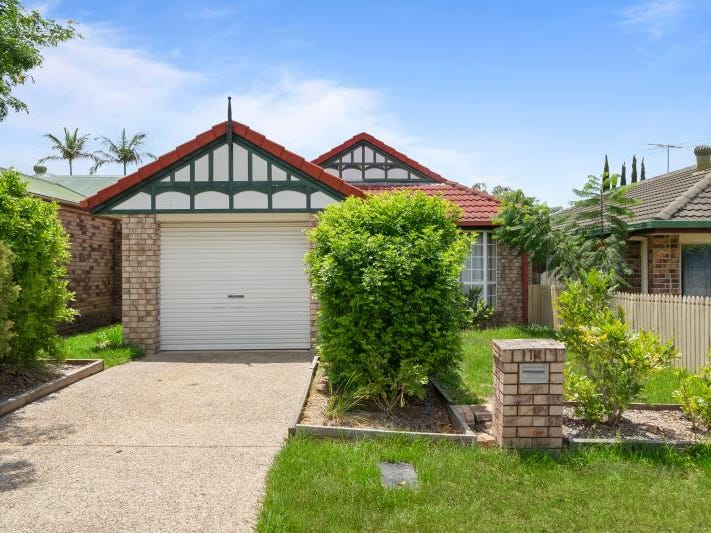 14 Evergreen Place, Forest Lake