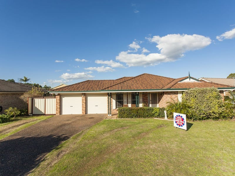 3 chisholm court raymond terrace nsw 2324 property details - Lakeside swimming pool raymond terrace ...