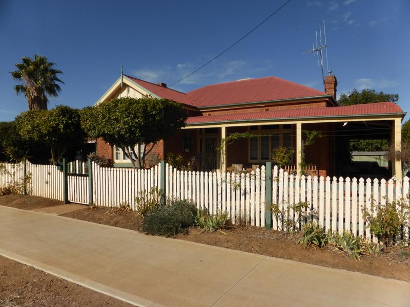 43 Bushman Street, Parkes, NSW 2870 - Property Details