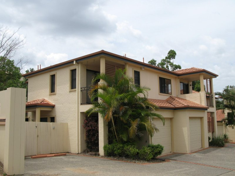 7 20 22 Finney Road Indooroopilly Qld 4068 Property