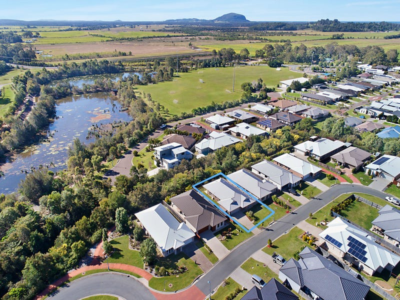 42 Dauntless Avenue, Bli Bli, Qld 4560