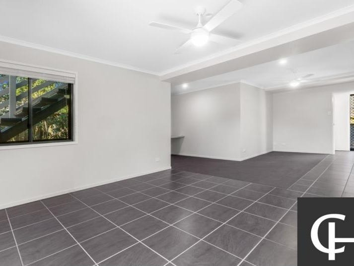 8 White Street, Wavell Heights