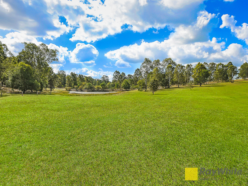 125 Wights Mountain Road, Samford Valley, Qld 4520