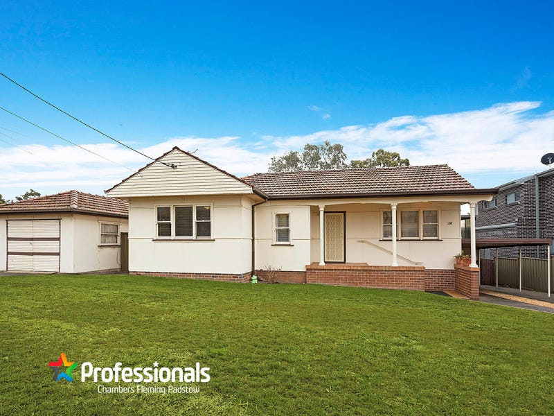 20 Hall Crescent, Padstow