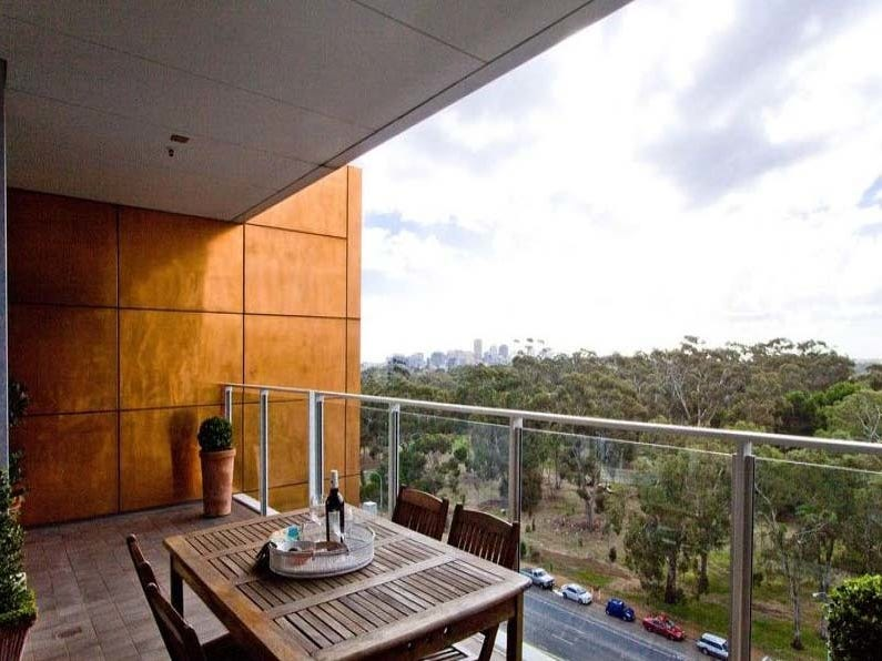 89/220 Greenhill Road, Eastwood