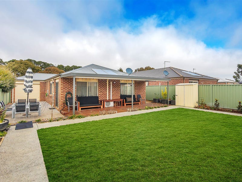 33 Delaney Drive, Miners Rest, Vic 3352