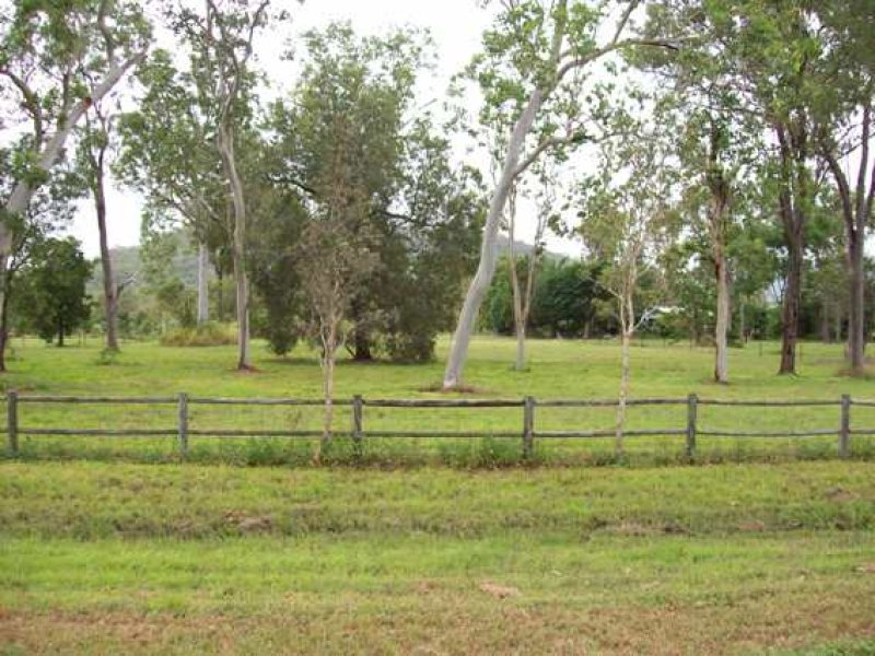 Address available on request, Bluewater, Qld 4818