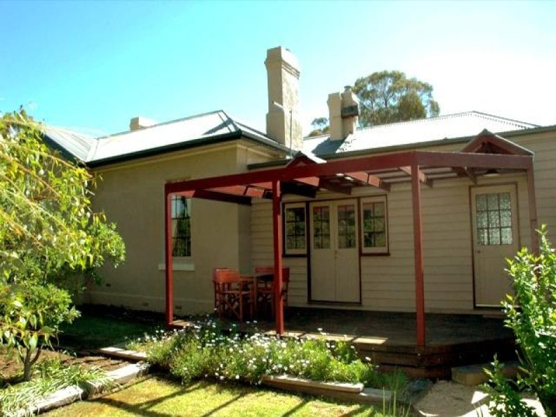3 Burke Street, Dunolly, Vic 3472
