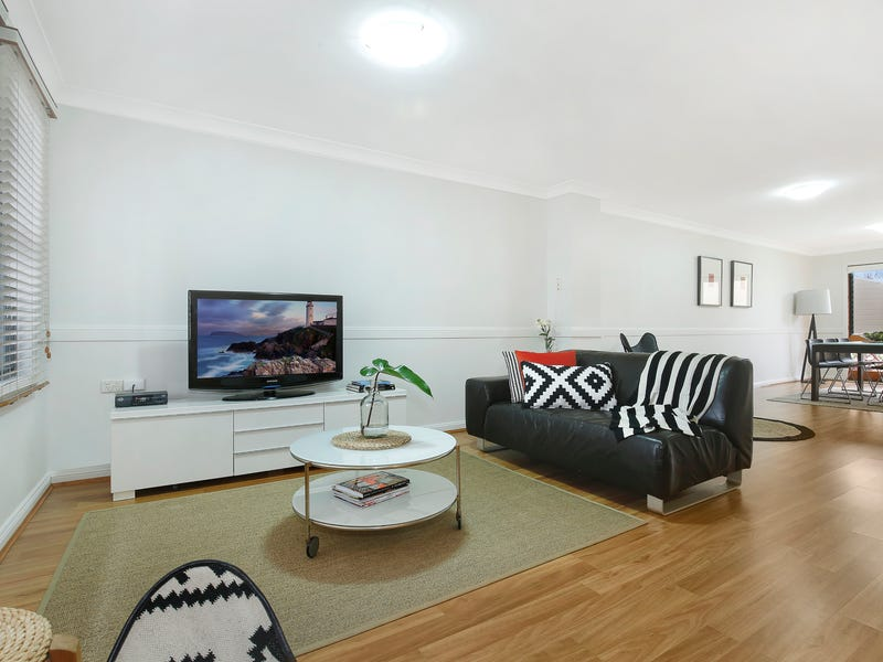1/24-28 Fisher Street, West Wollongong