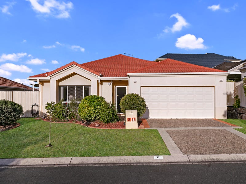 8 Oleander Place, Carindale, Qld 4152