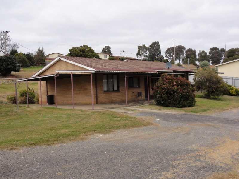 Unit 1 & 2,31 Tom Street, Gundagai, NSW 2722