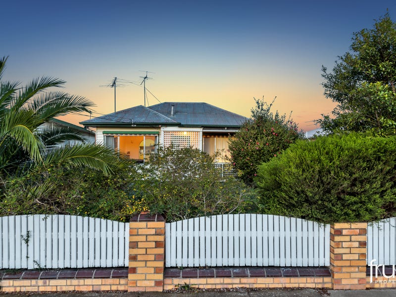 12 Walsgott Street, North Geelong, Vic 3215