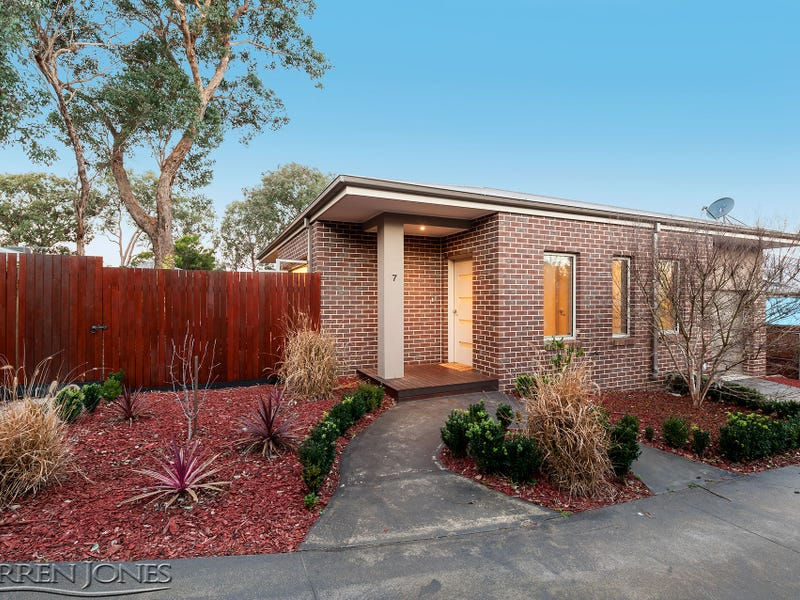 7/143 St Helena Road, Greensborough