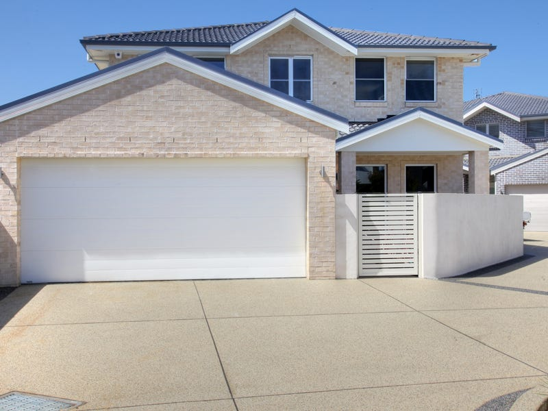 74A Bar Beach Avenue, The Junction, NSW 2291