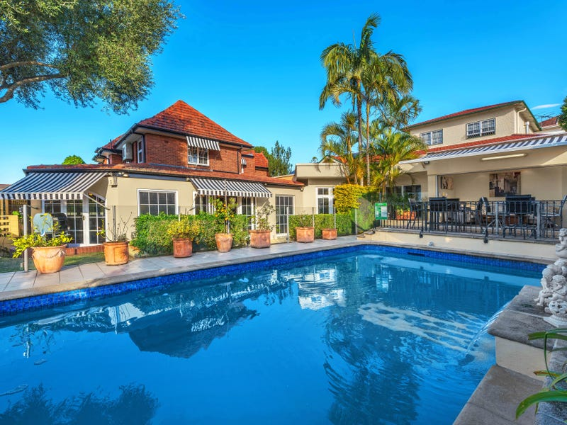 10 Liverpool Road, Clayfield