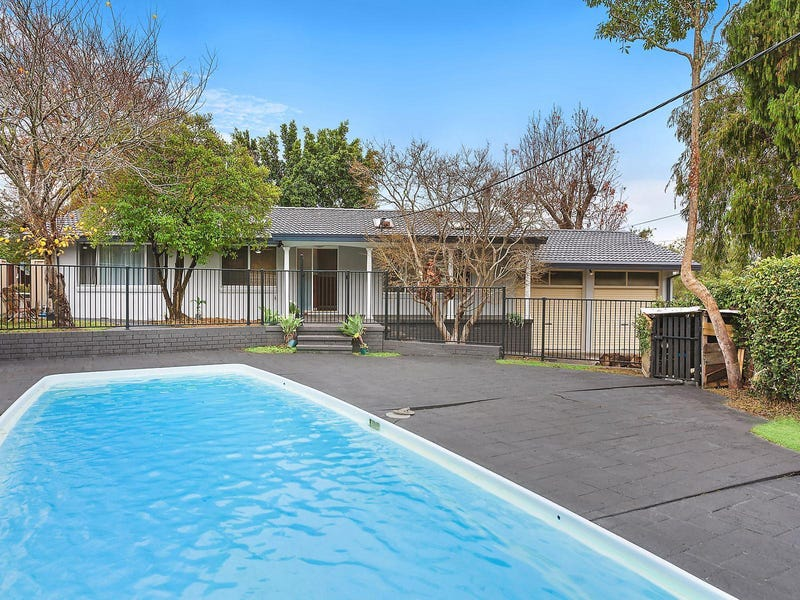8 Northwind Avenue, Point Clare