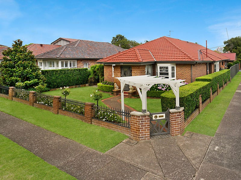 270 Parkway Avenue, Hamilton East, NSW 2303