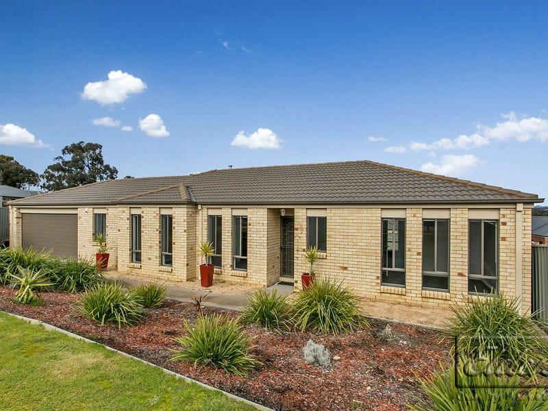 7 Trickett Court, Kangaroo Flat