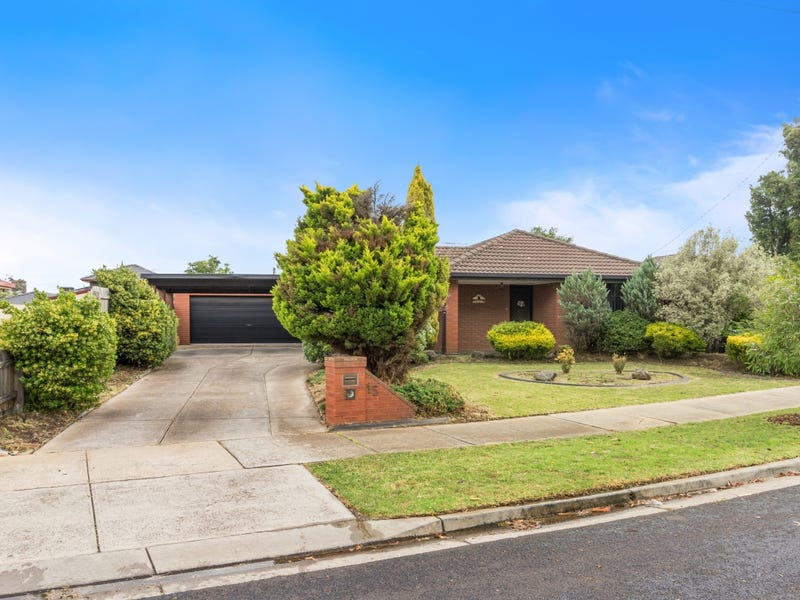 15 Sheahan Crescent, Hoppers Crossing