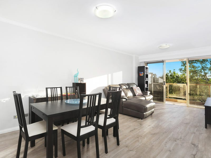 26/4 Pound Road, Hornsby