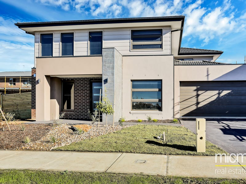 26 Fairwater Drive, Point Cook
