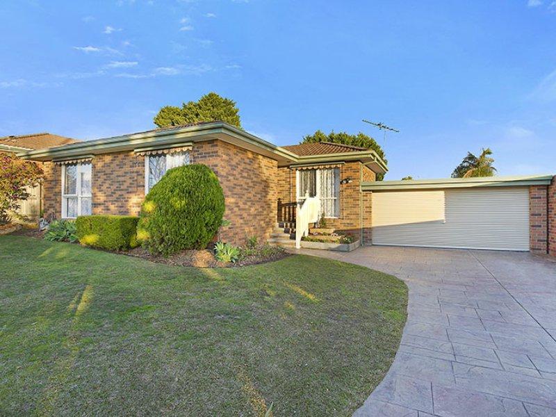72 Gleneagles Drive, Endeavour Hills, Vic 3802
