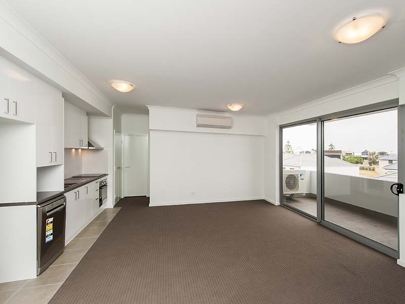 44/25 O'Connor Close, North Coogee