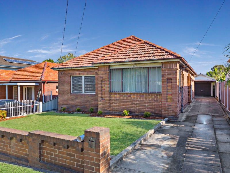 19 Holmwood Avenue, Strathfield South, NSW 2136