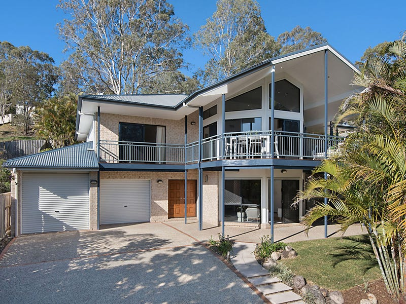 19 Palm Street, Kenmore, Qld 4069