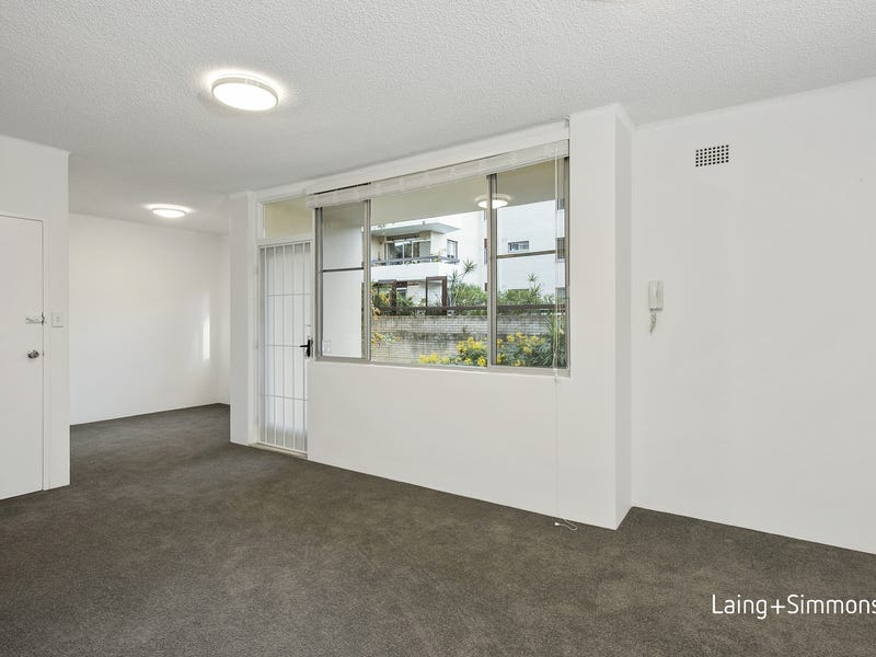 1/15 Sherbrook Road, Hornsby