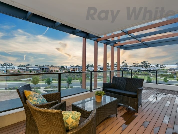 61 Tulloch Drive, St Clair